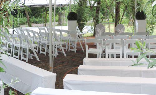 Hochzeitsdekoration im Bernhäuser Forst